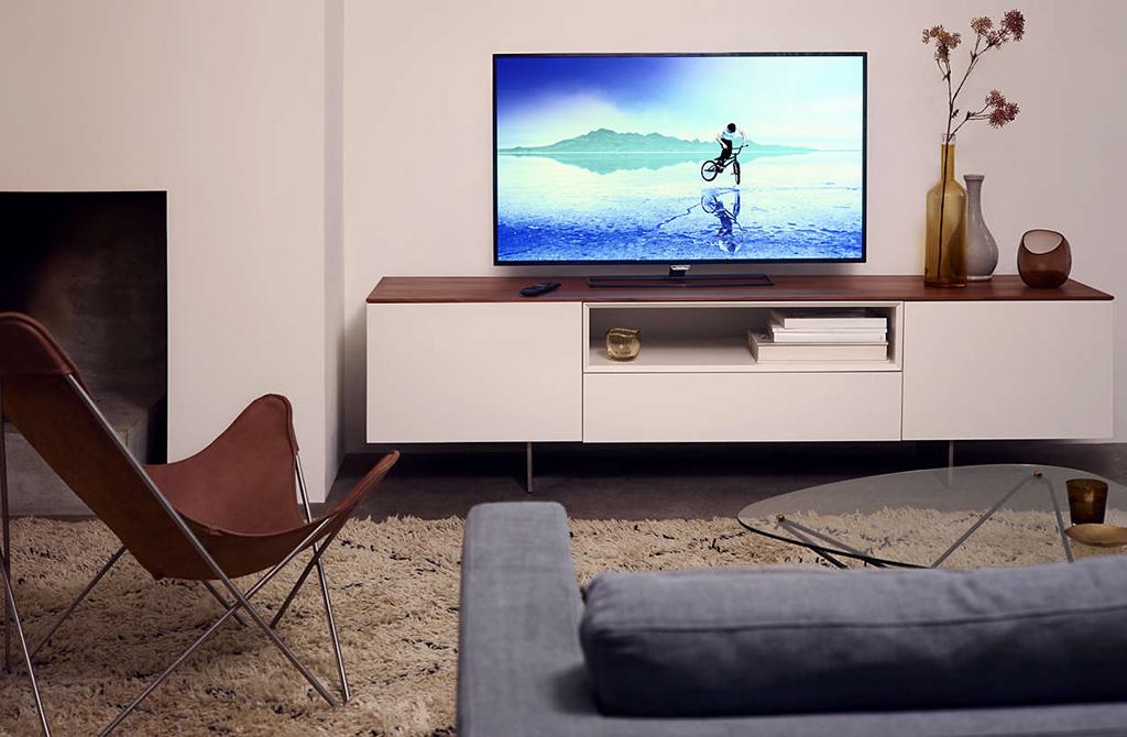 Distance de recul : Pourquoi choisir un TV 4K de grande taille ?