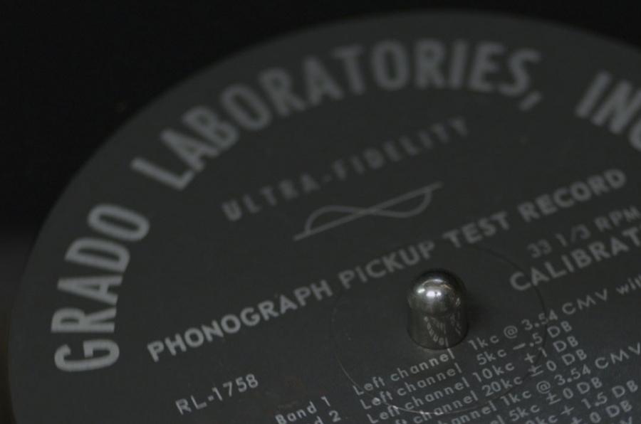 Vinyle de test pour cellules phono